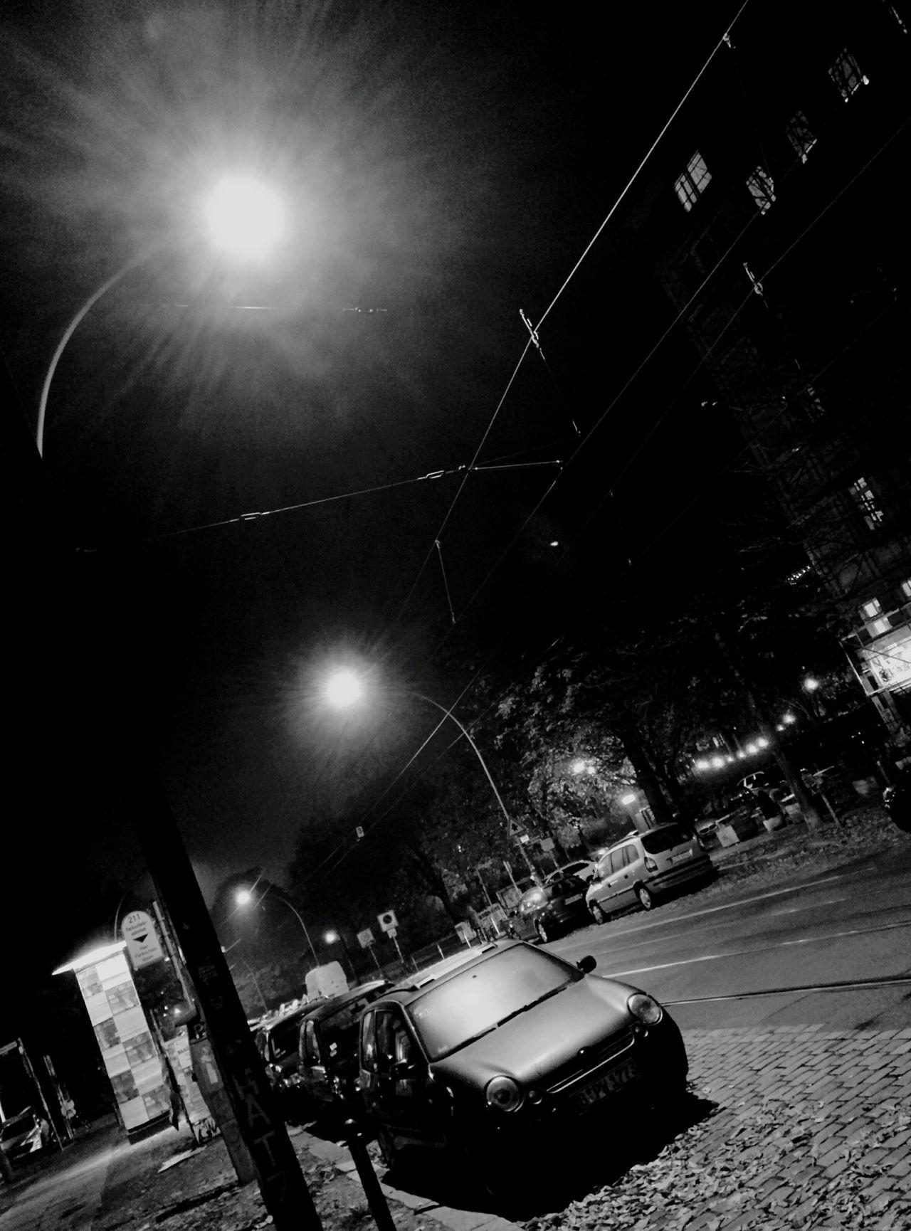 Day 129 - Street at night 🌃 Berlin Streetphotography Streetphoto_bw Blackandwhite Street 365project 365florianmski Day129