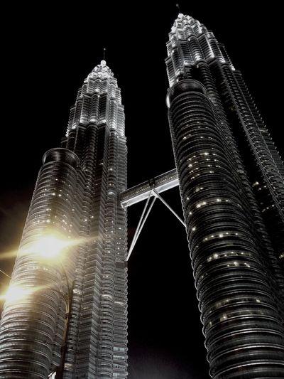 Hello!Malaysia,Petronas twin tower.Fantastic place.