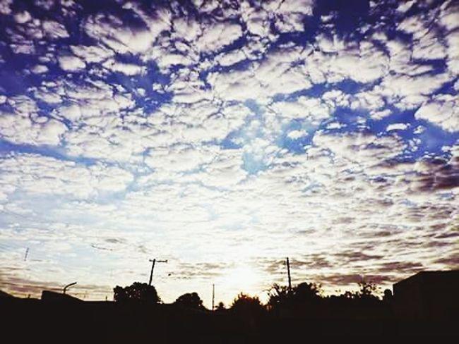 Coisa De Deus, Desenho De Deus Brasil ♥ Peruíbe City Natureza Perfeita♡♥ CeuPerfeito Ceudobrasil Ceu Carneirinho Por Do Sol ⛅ Pordosol Ceumaravilhoso Ceu Liindo! Peruíbe Nosso Brasil♡♥ Brasil Meu♥