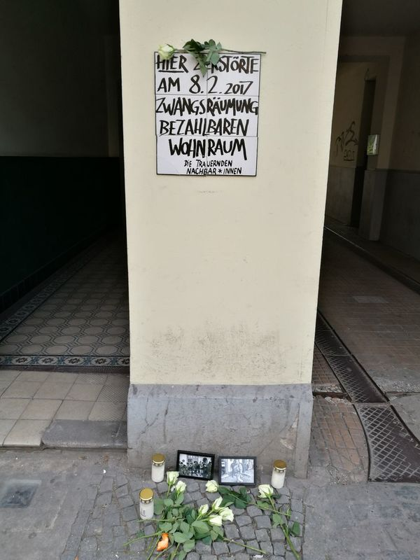 Berlin Zwangsräumung Text Communication Outdoors Street Zugezogen Mieter Miete Wohnung Wohnungssuche Wucher
