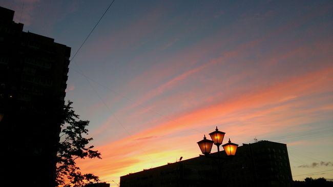 Colour Of Life Sony Xperia Zr Mobile Photography Mobilephotography Sunset Sunset Silhouettes Sunset And Clouds  Sky And Clouds Sky Sky Colors Sunset Colors Silhouette Silhouettes Lights Lamps Perspective Eyeemphoto