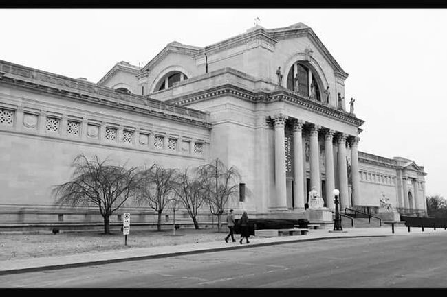 The St. Louis Art Museum was built for the 1904 Worlds Fair, the architecture style is that of Ancient Roman architecture. Many of the other buildings that were built for the fair word torn down and buried because they could not be maintained. Amazing Architecture Black And White St. Louis St . Louis Art Museum Museum Taking Photos The Architect - 2015 EyeEm Awards St. Louis Art Museum