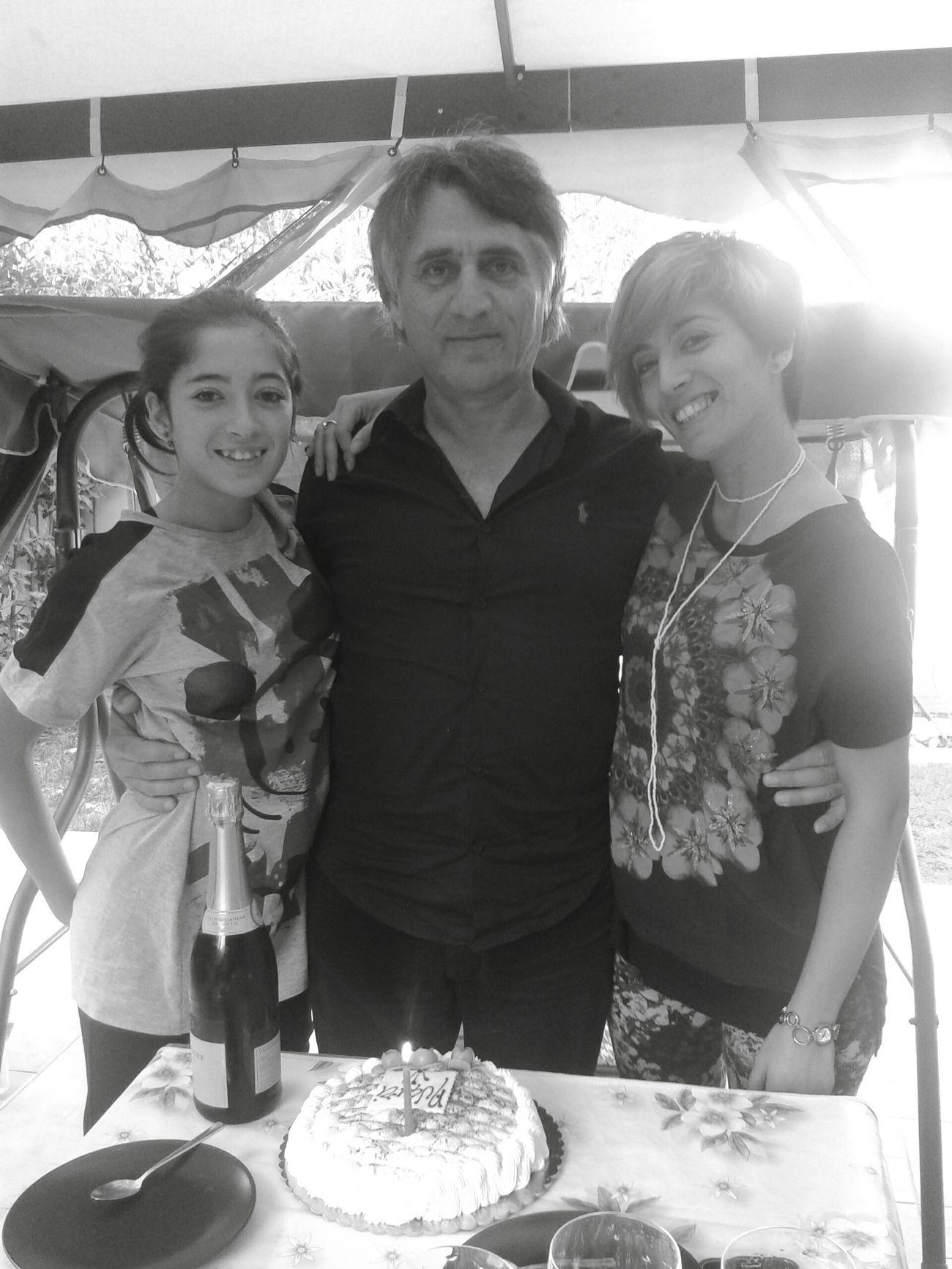 3 generazioni.... Very Italian People Capture The Moment Black And White Nonno Figlia Nipote My Favorite Photo