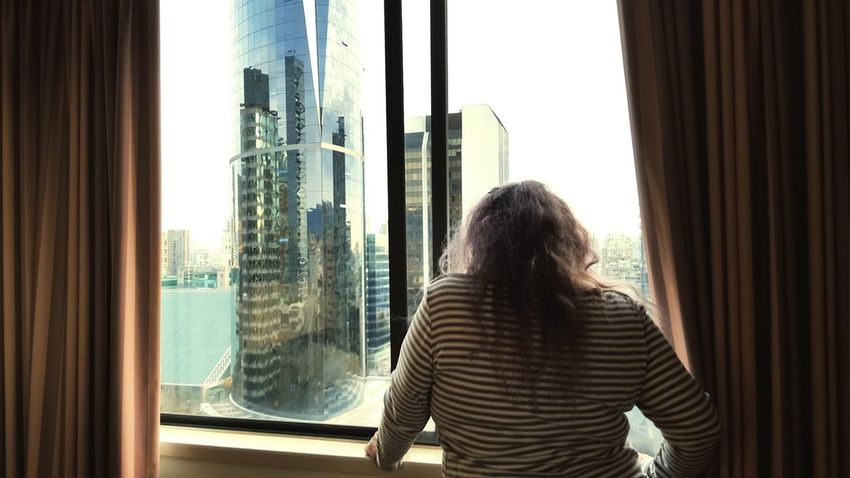 City View  Vancouver Mommy Lookingout Looking In