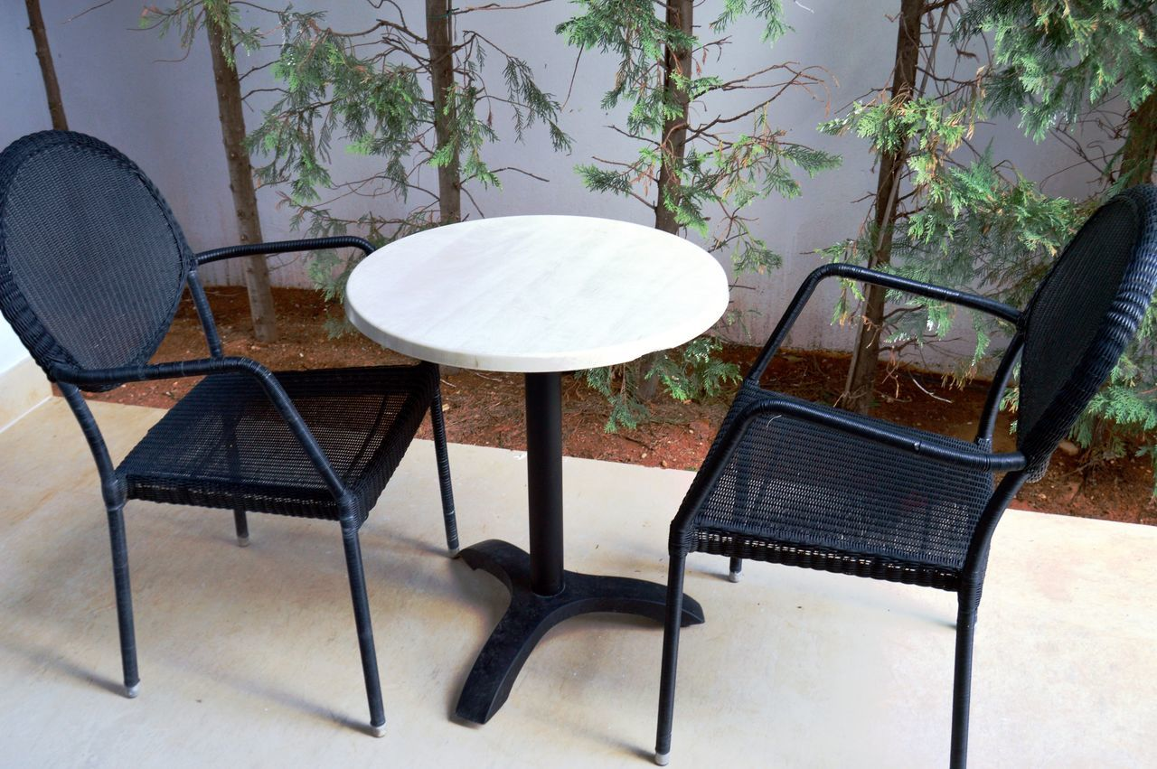 chair, table, no people, absence, day, seat, furniture, outdoors, nature, tree, close-up