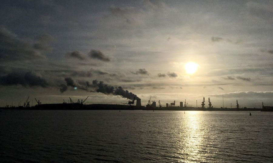 Sky Sunset Industry Factory No People Cloud - Sky Outdoors Tranquility Silhouette Nature Beauty In Nature Waterfront Water Scenics Smoke Stack Architecture Sea Day