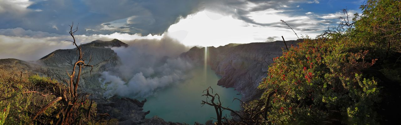 Stunning Sunset at the Ijen Volcano Crater Blue Fire Blue Sky And Clouds Clouds And Sky Crater Crater Lake Ijen Ijen Crater Lush - Description Mountains And Sky Panorama Panorama View Panoramashot Scenics Stunning Stunning Collection Stunning Scenery Stunning View Stunning_shots Sun Beams Sunset Sunset_collection Sunsets Vulcano Warm Colors Warm Light