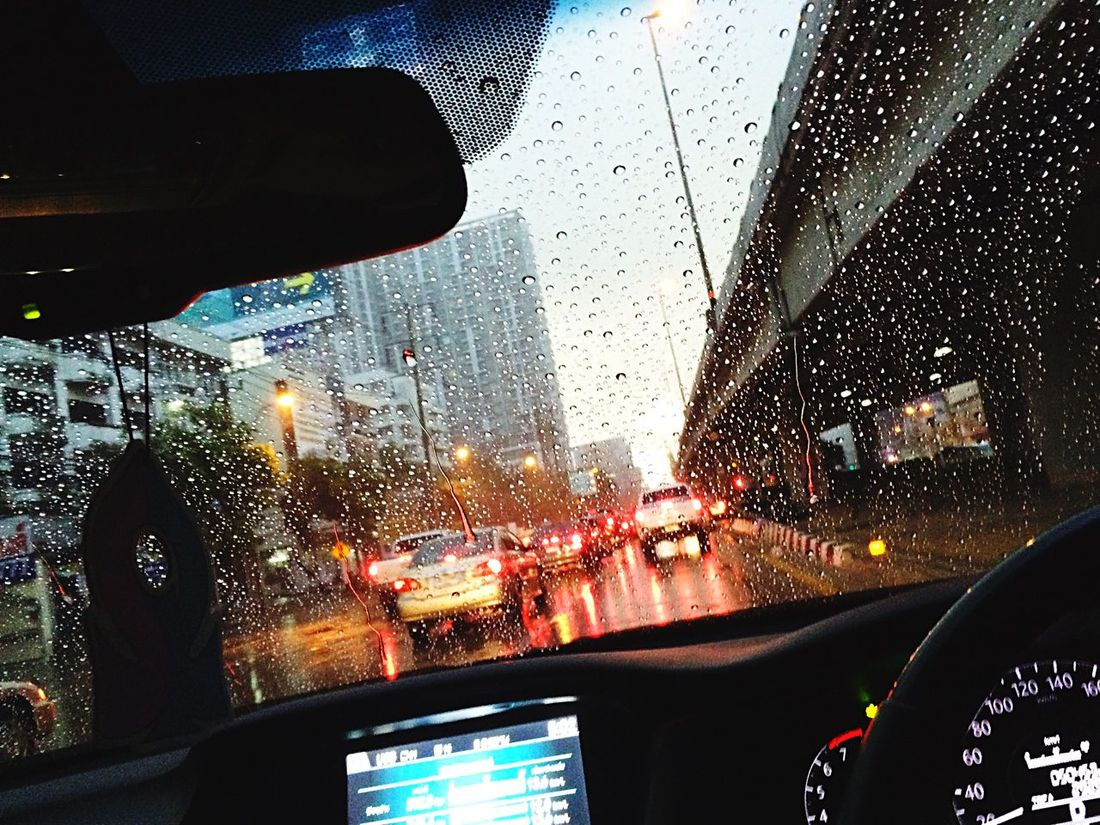 On the way back to home 🚗🚗🚗🚗 Taking Photos Traffic Rain City Citylife