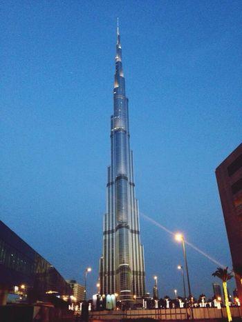 Burj Khalifa Having A Great Time Hello World Great View Dubaicity
