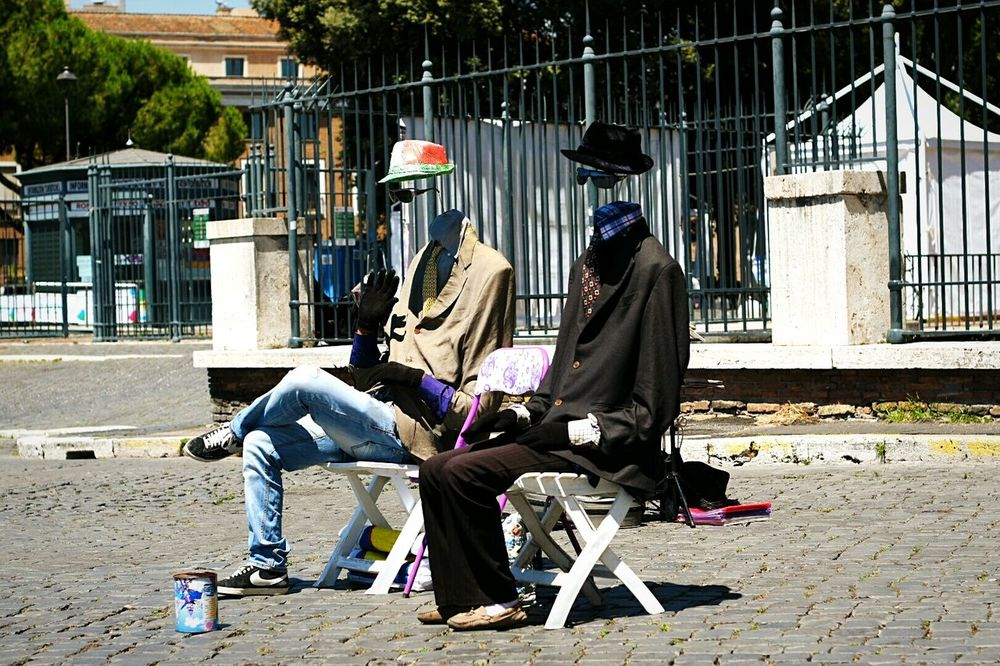 Where are their heads? Protrait The Protraitist - 2015 Eyeem Awards EyeEm Best Shots Check This Out Rome EyeEm Gallery OpenEdit The Street Photographer - 2015 EyeEm Awards The Traveler - 2015 EyeEm Awards Hello World