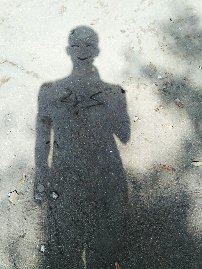 I just wanna keep smile Smile :) Smile Selfie ✌ Shadow Shadow-art Hi! Taking Photos Dirt Road Dirt People People Photography Standing