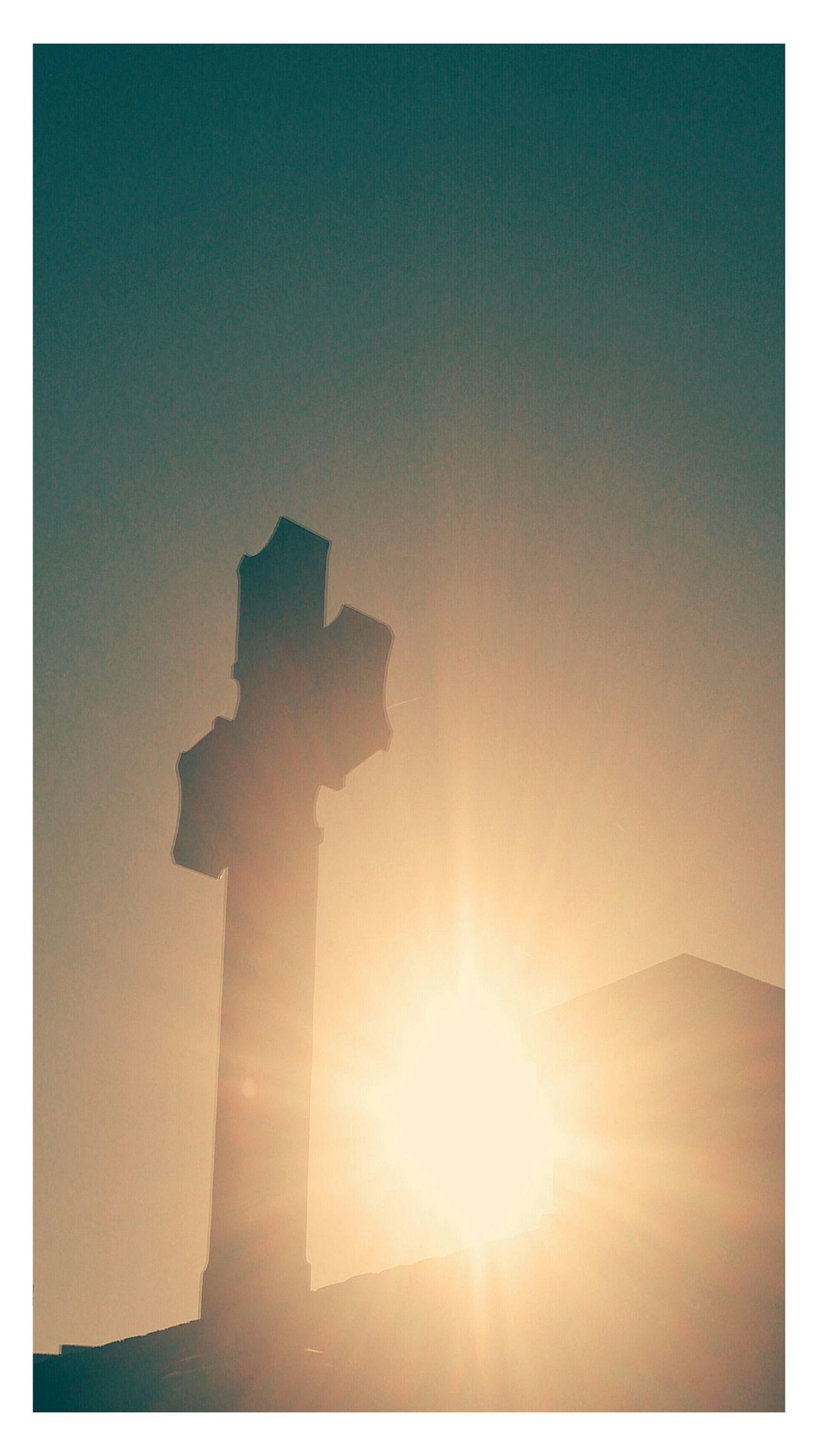 Crossed sunrise
