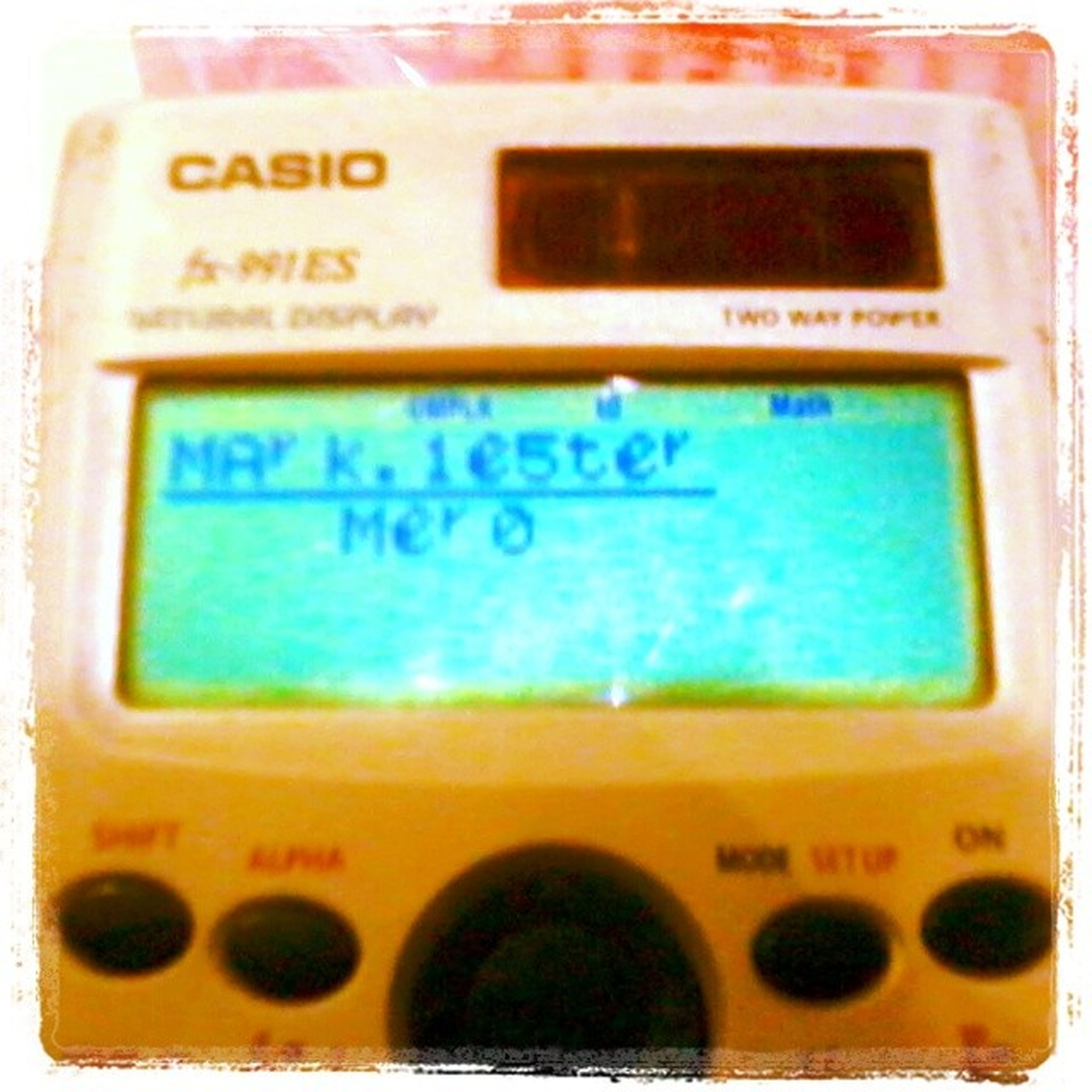 Look at what Karlovy did with his calculator! This is so cool! ;) CalculatorTrick Awesome
