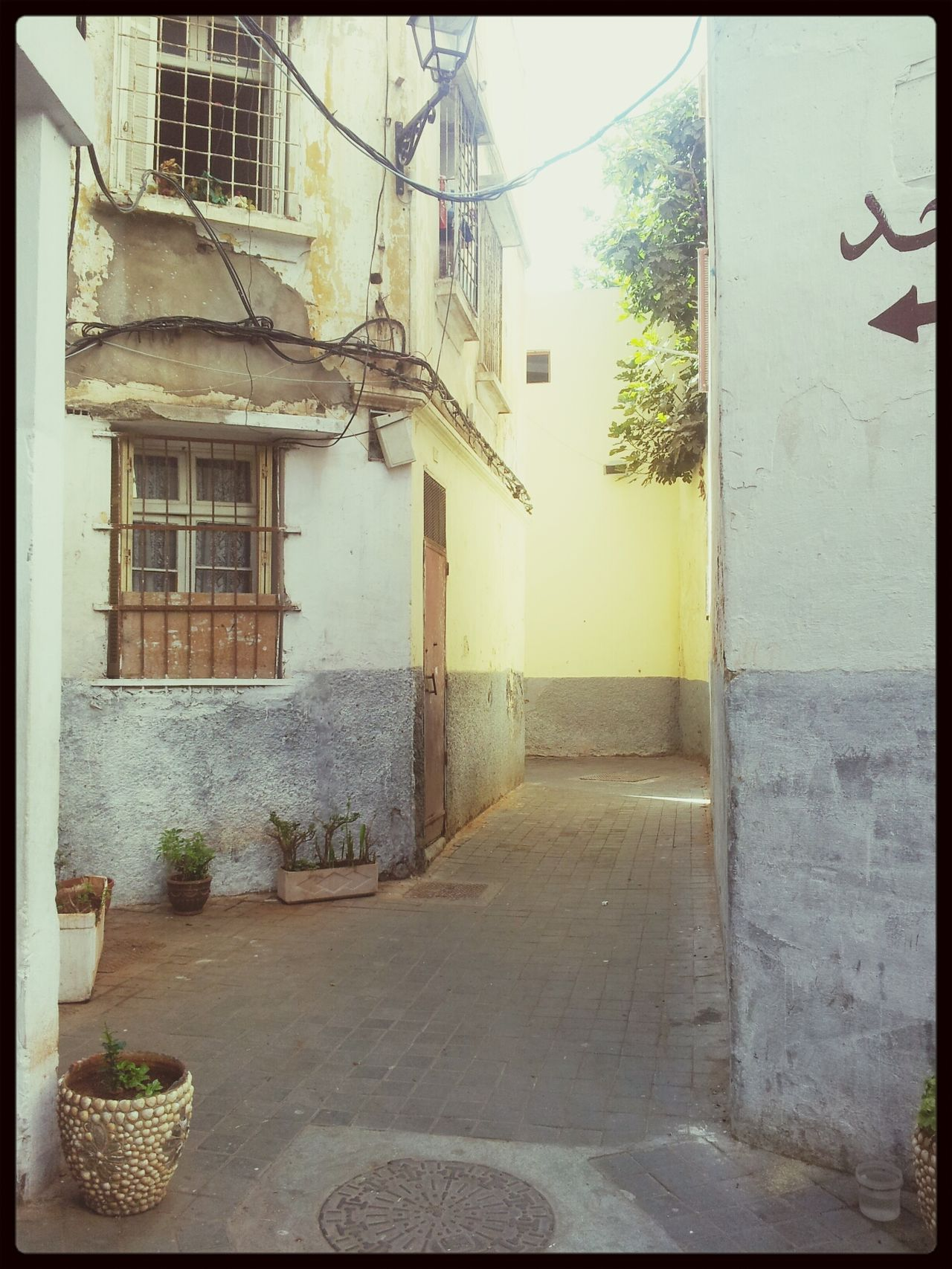 My Ever Lasting Belonging!! Streetart Old Buildings