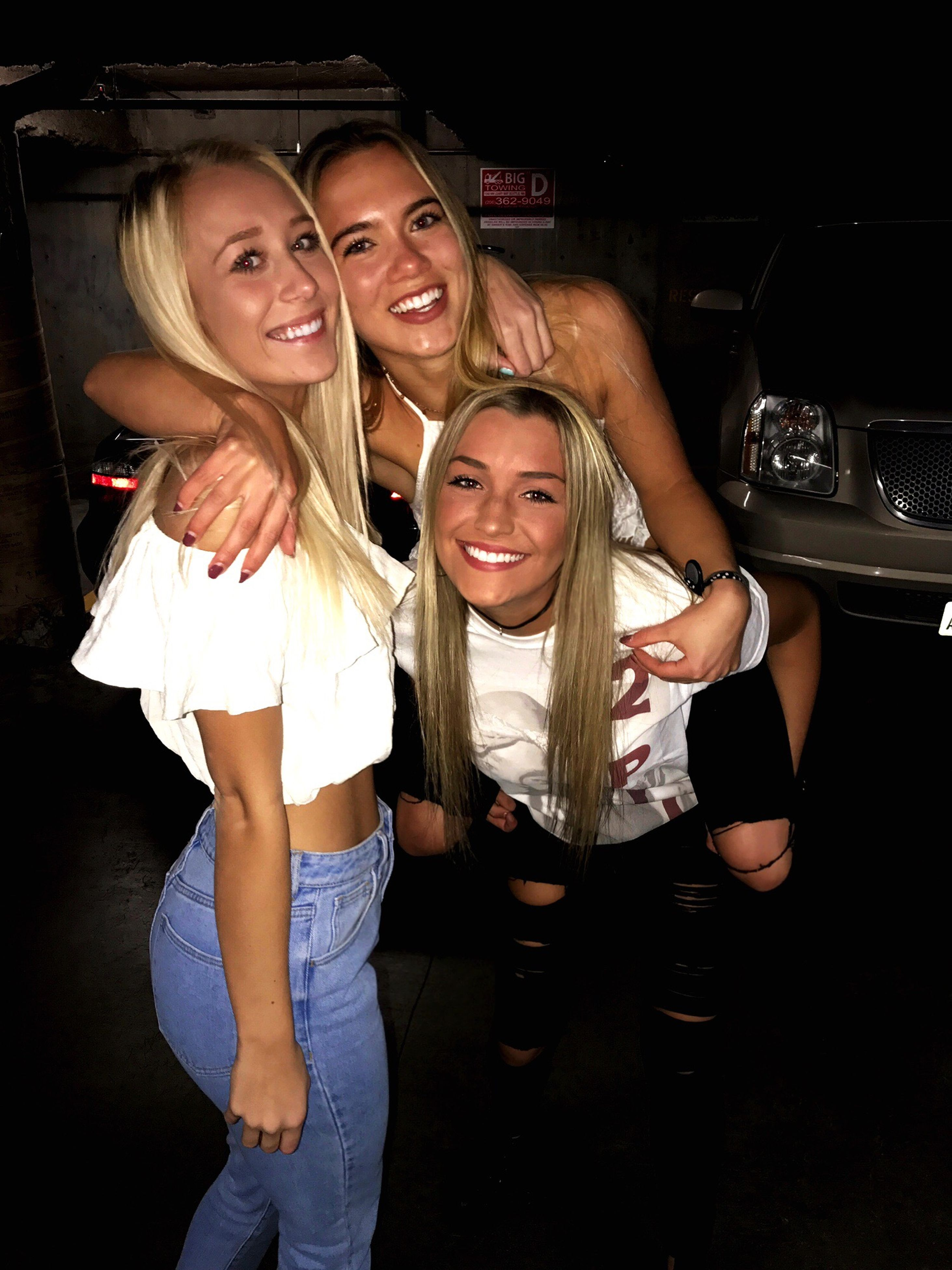 smiling, nightlife, cheerful, portrait, selfie, friendship, happiness, fun, togetherness, night, looking at camera, adults only, people, women, competition, adult, nightclub, young adult, human arm, young women, indoors, happy hour, millionnaire, red carpet event