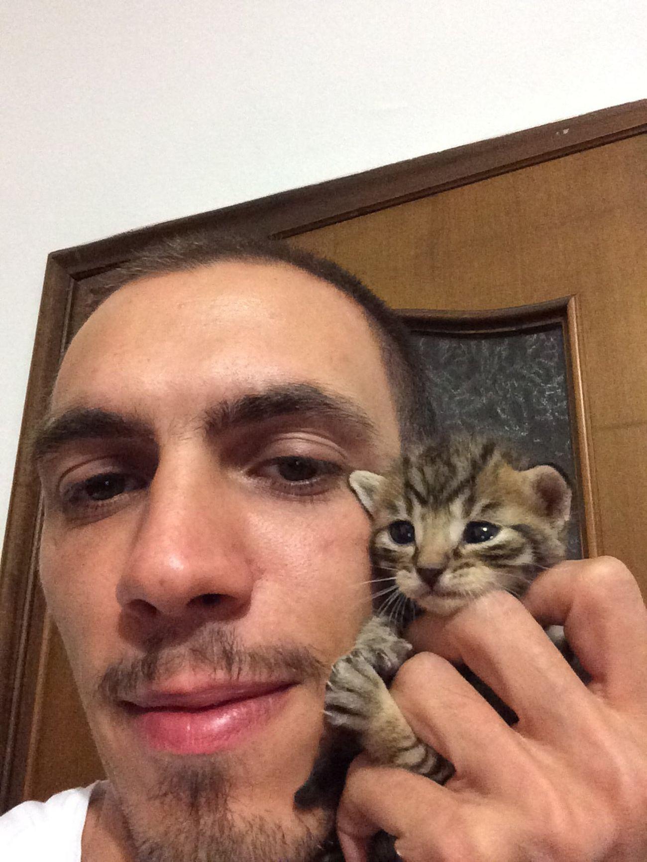 Selfie con il gattino😎