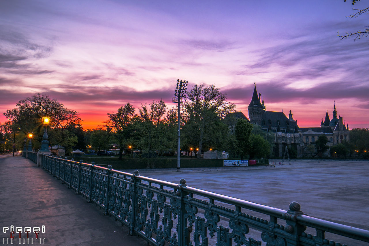 Sunrise at the City Park Budapest with the Vajdahunyad Caste, behind the Heroes' Square Architecture Budapest Castle City Colorful Hungary Palace Paris Picoftheday Pink Riccsi Sun Urban