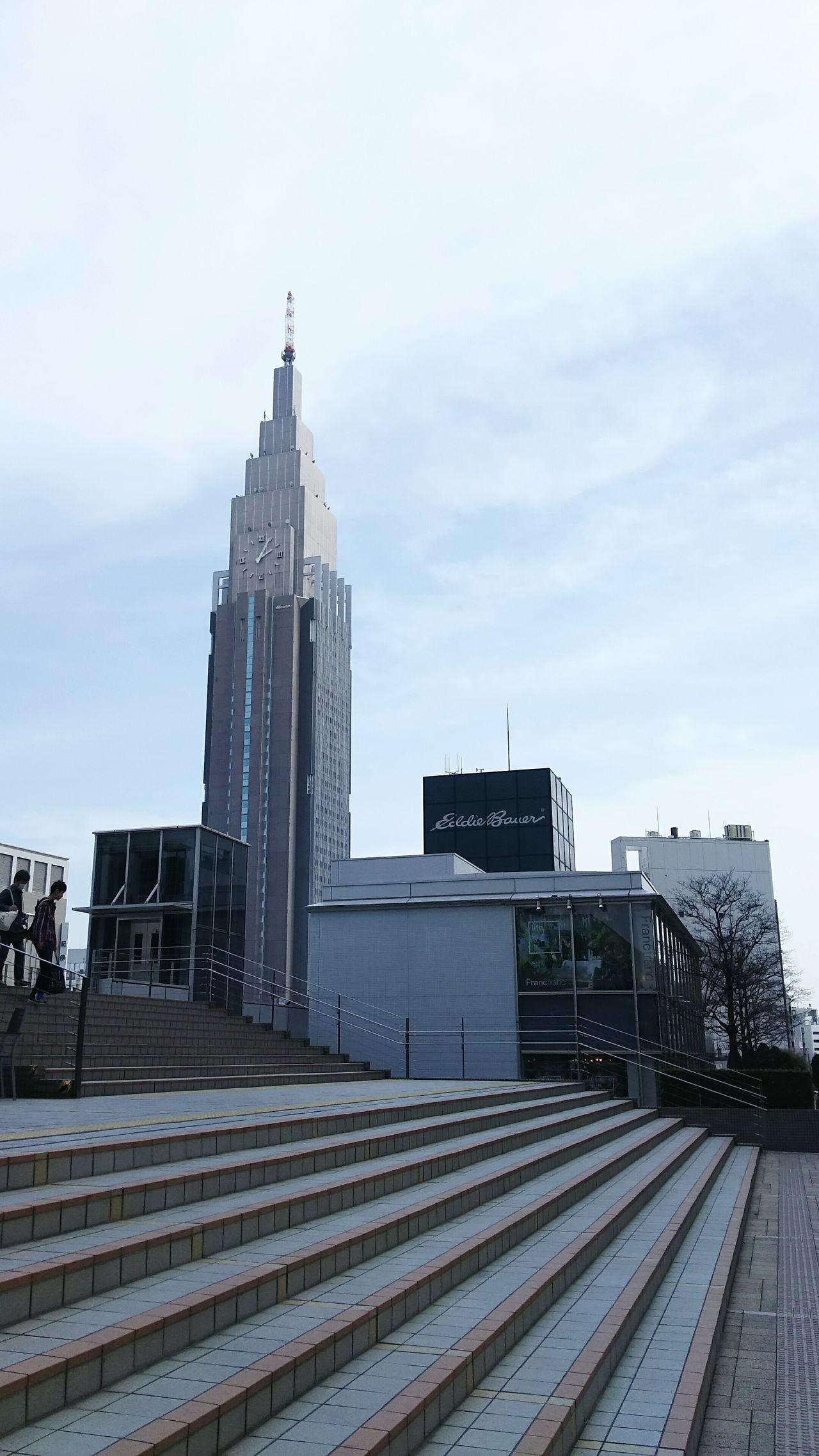 Streetphotography Walking Around Bilding Tower Snapshot Smartphonephotography