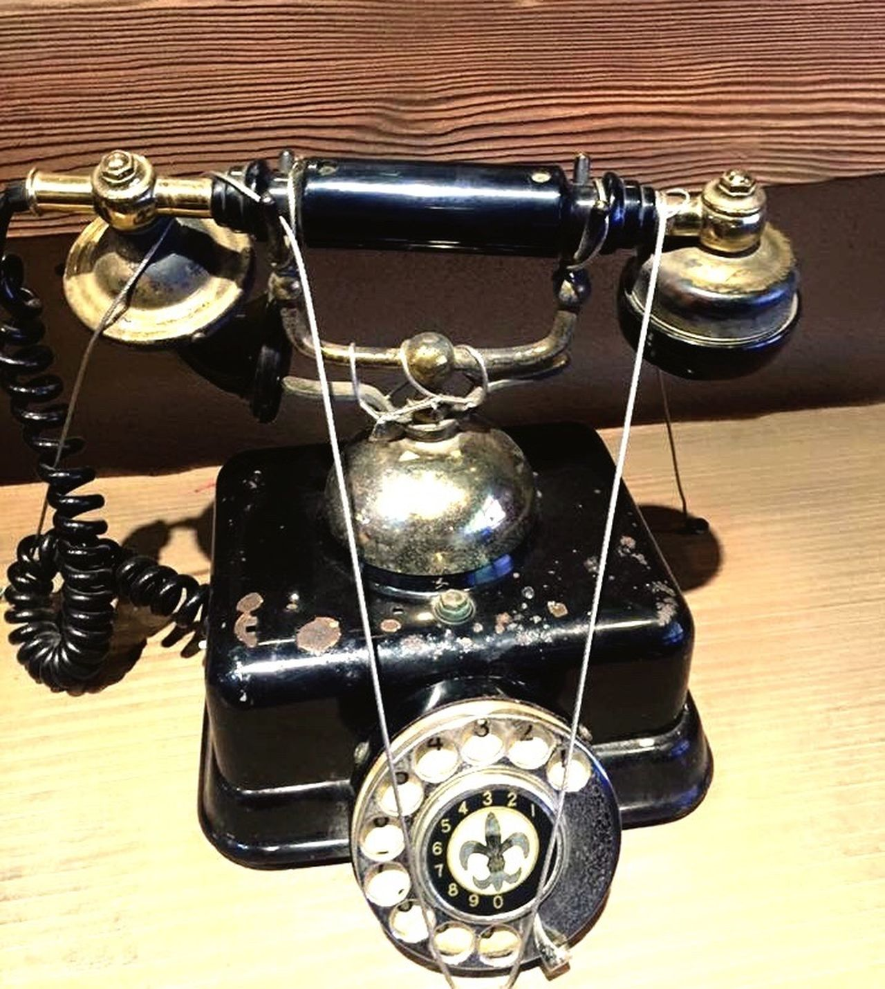 Old Phone Old Phone Photo Telephone Old Telephone Korea EyeEm Gallery EyeEm Eyeem Market Eyeemphotography Old-fashioned Oldschool Old Technology Everland EverlandKorea Everlandthemepark Everland, Korea