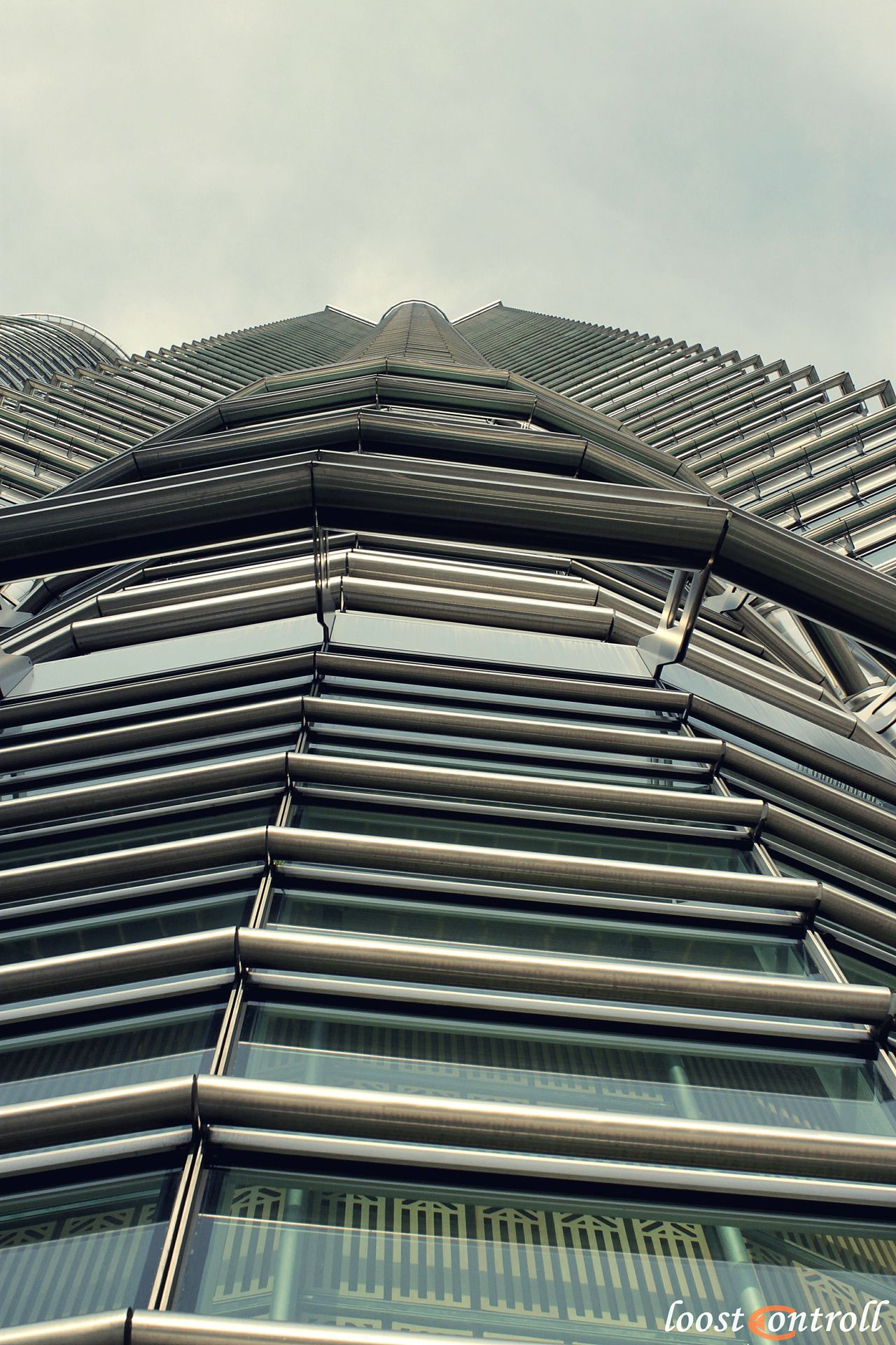 The City Light KLCC Twin Towers Outdoors Architecture Sky Day KLCC Tower Streetphotography Architecture Moment Of Silence City Cityscape