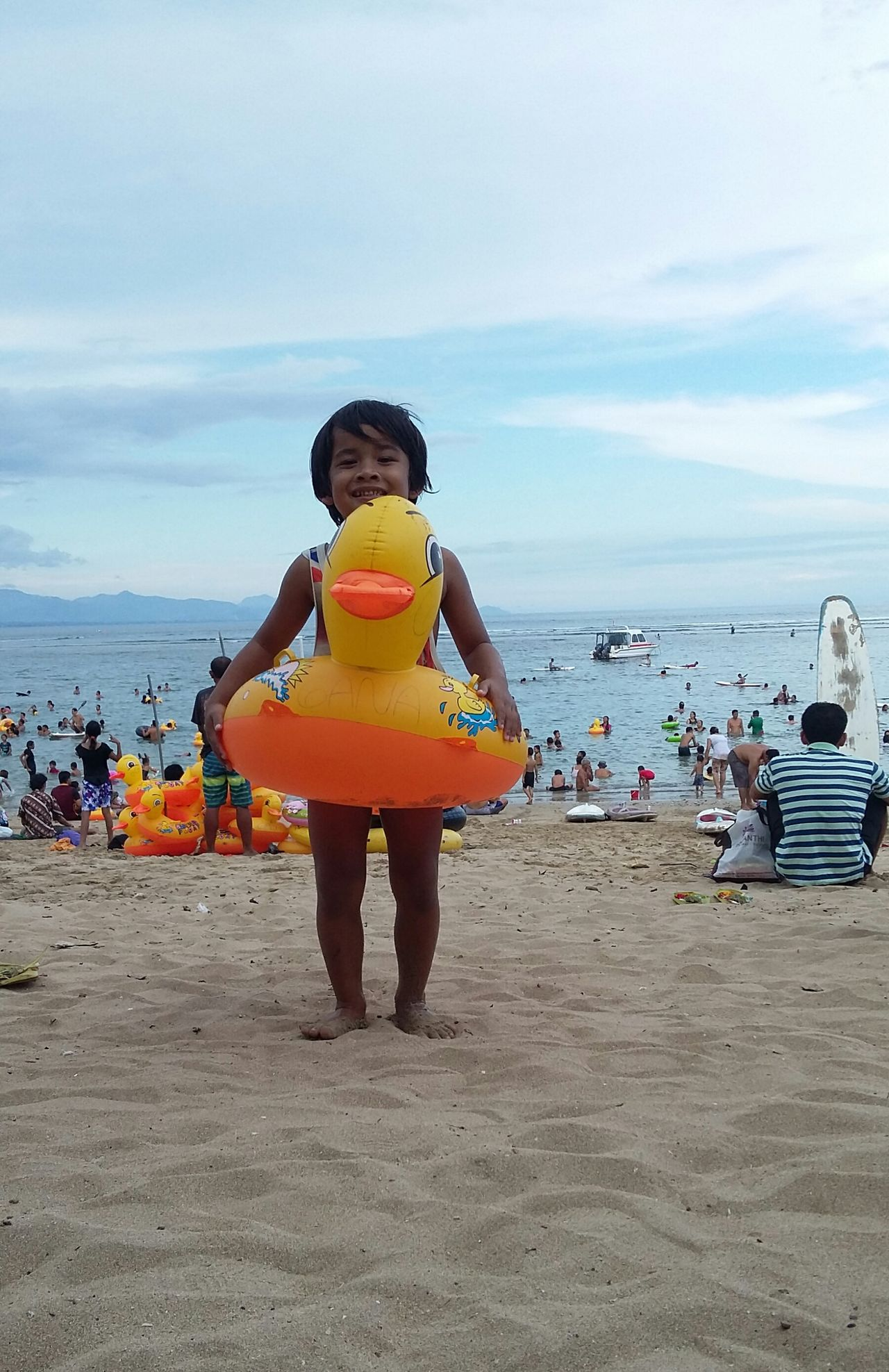 Have a good time kids! Playtime Beachtime Famillytime Sundaymorning