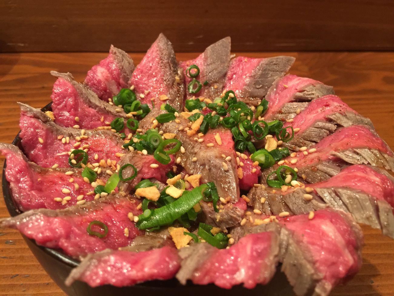 ビフ丼のタレマイナーチェンジ! ビフ丼 肴蔵 居酒屋 肉