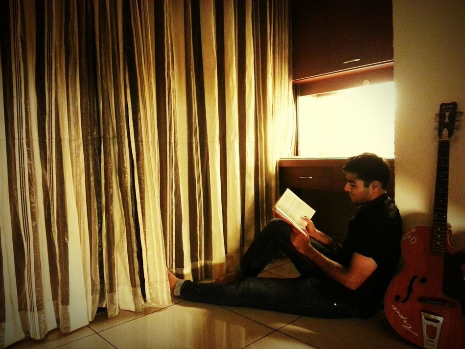 That's Me Bookworm Books ♥ Alone Time Enjoying Life Missing Her Thoughts Shareing Loneliness Just Chillin'