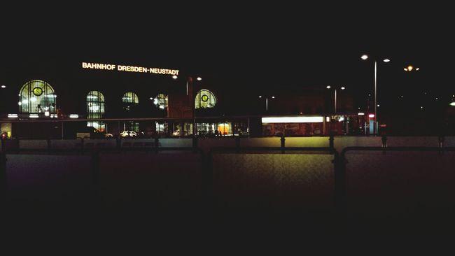 Justescape Nightlife Dresden Gibtkeineschönerestadt
