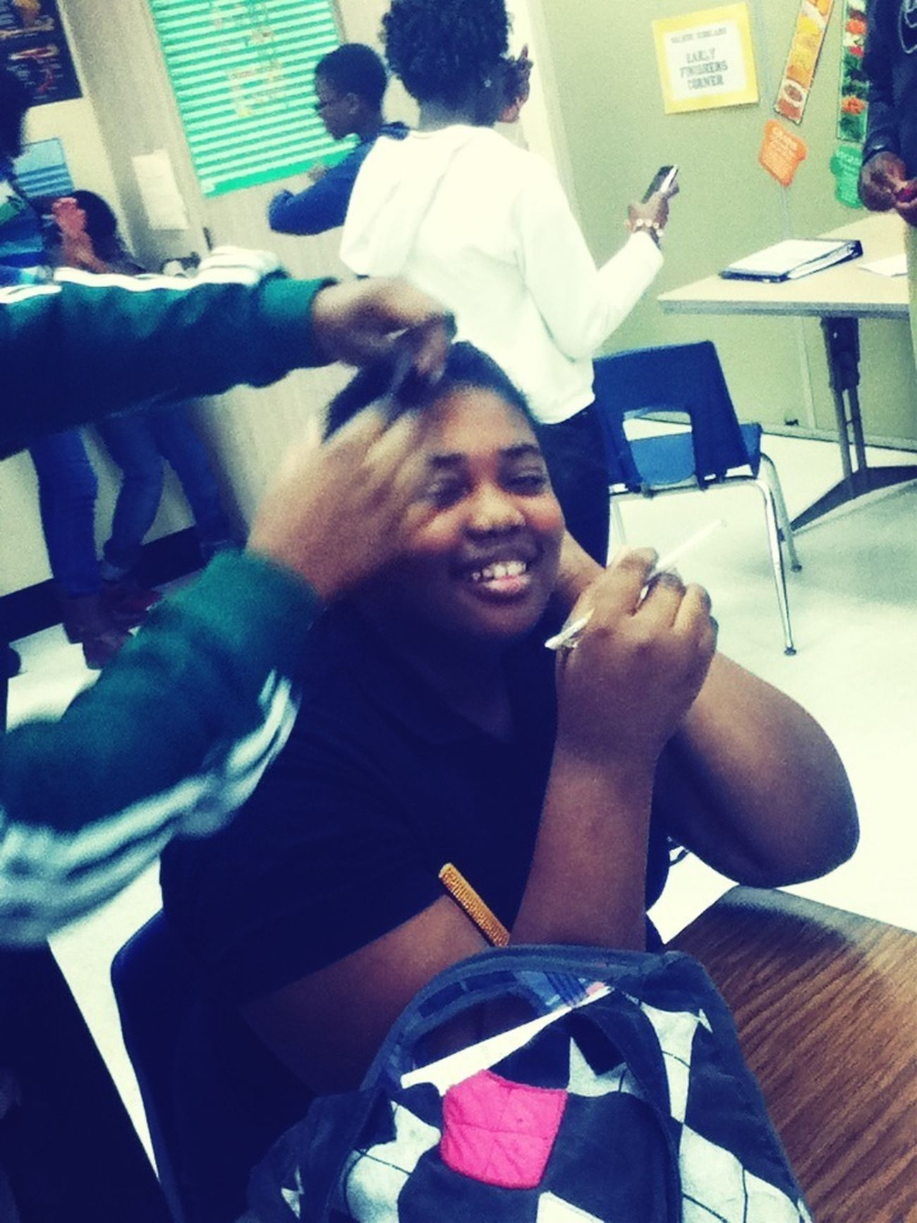 Beauty Shop In Dhaa Class Room Jtfoo.!