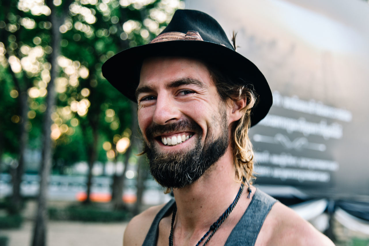 Beard Cheerful Day Familiar Strangers... Happiness Hat Lifestyles Looking At Camera Man In The Hat Men Portrait Smiling Stranger On The Street The Portraitist - 2017 EyeEm Awards The Street Photographer - 2017 EyeEm Awards Travel Photography Traveling Young Men