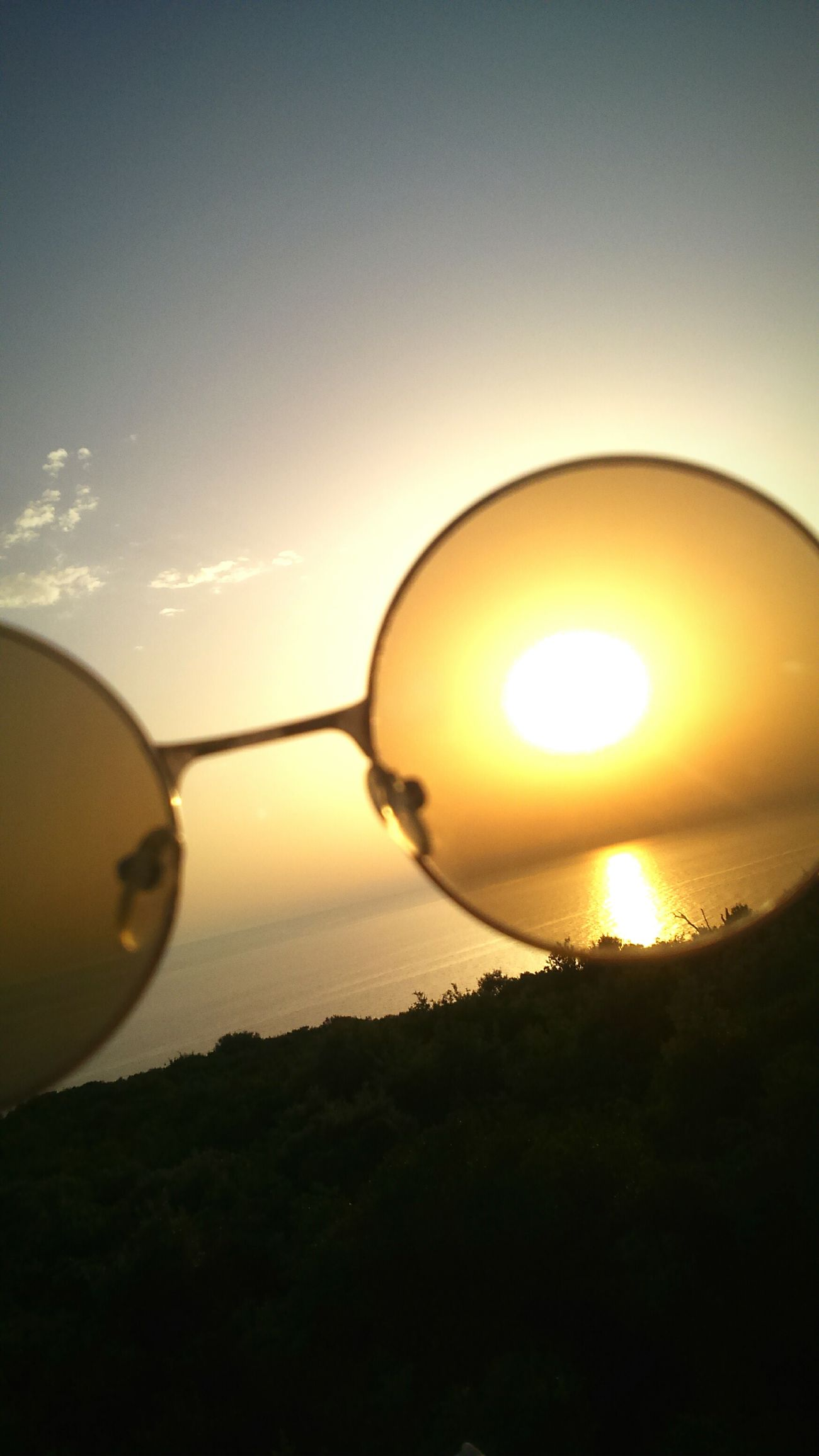 Sunset Sky Sun Cloud - Sky Sunbeam Nature Trough The Glass Beautiful Nature Sea And Sky Seaside Horizon Over Water Sun Going Down Sunglasses👓 Nice View Amazing Nature