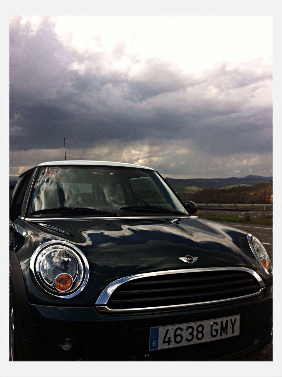 GO ,,, Hello World Traveling Mini Mini Photoshoot