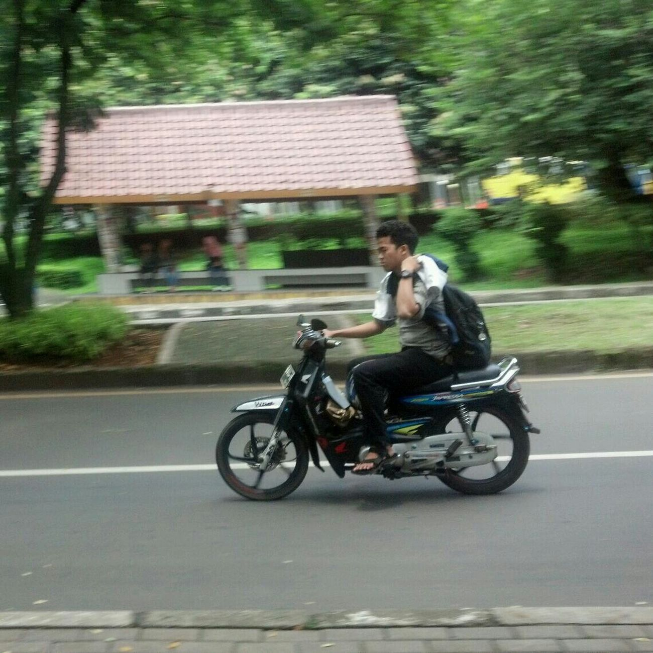 Mobile Photography Panning ID-andrography Android Photography
