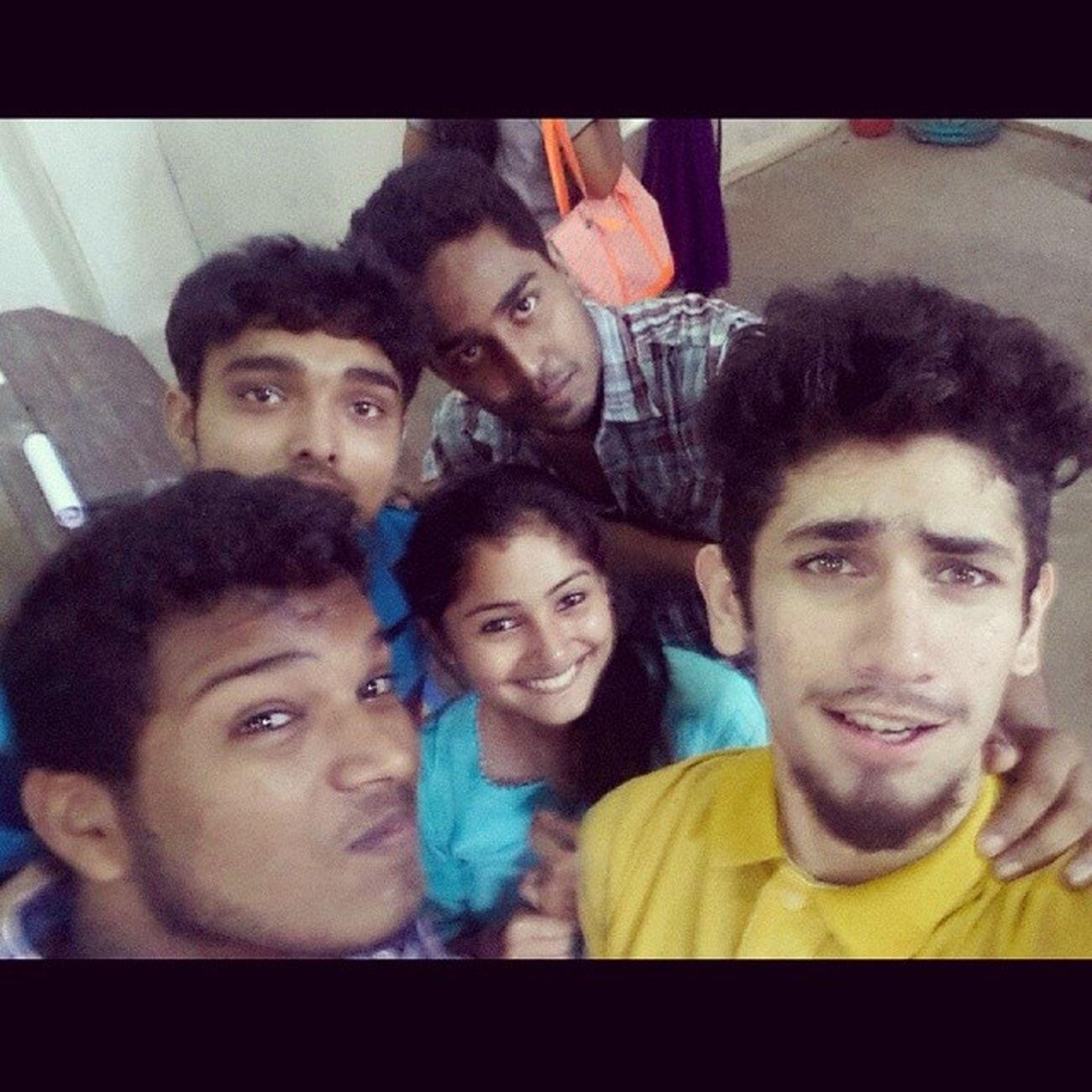 Instaclick Instalove Class_room Selfie