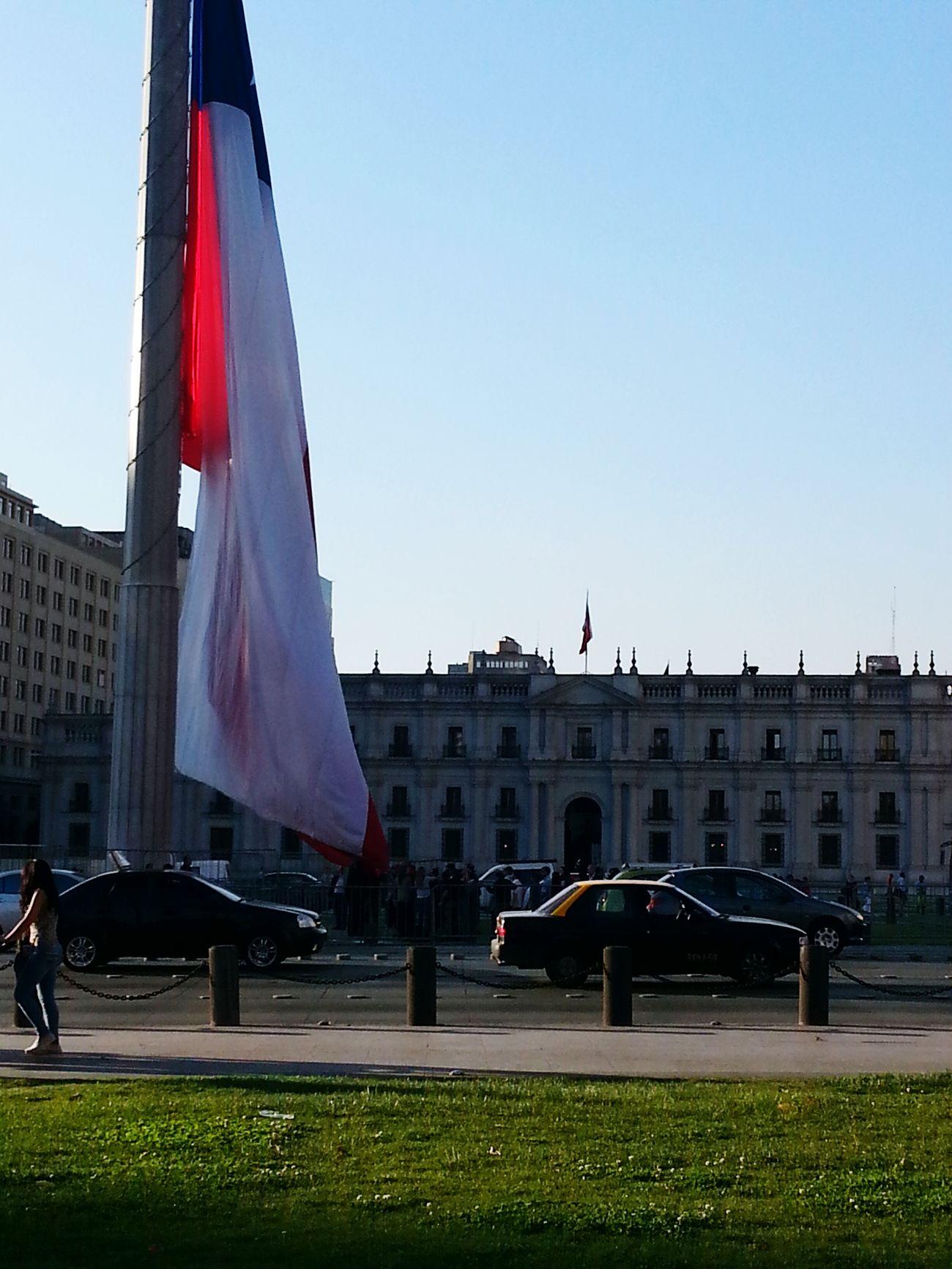 Chile♥ La Moneda-Casa De Gobierno Bandera Chilena Bandera