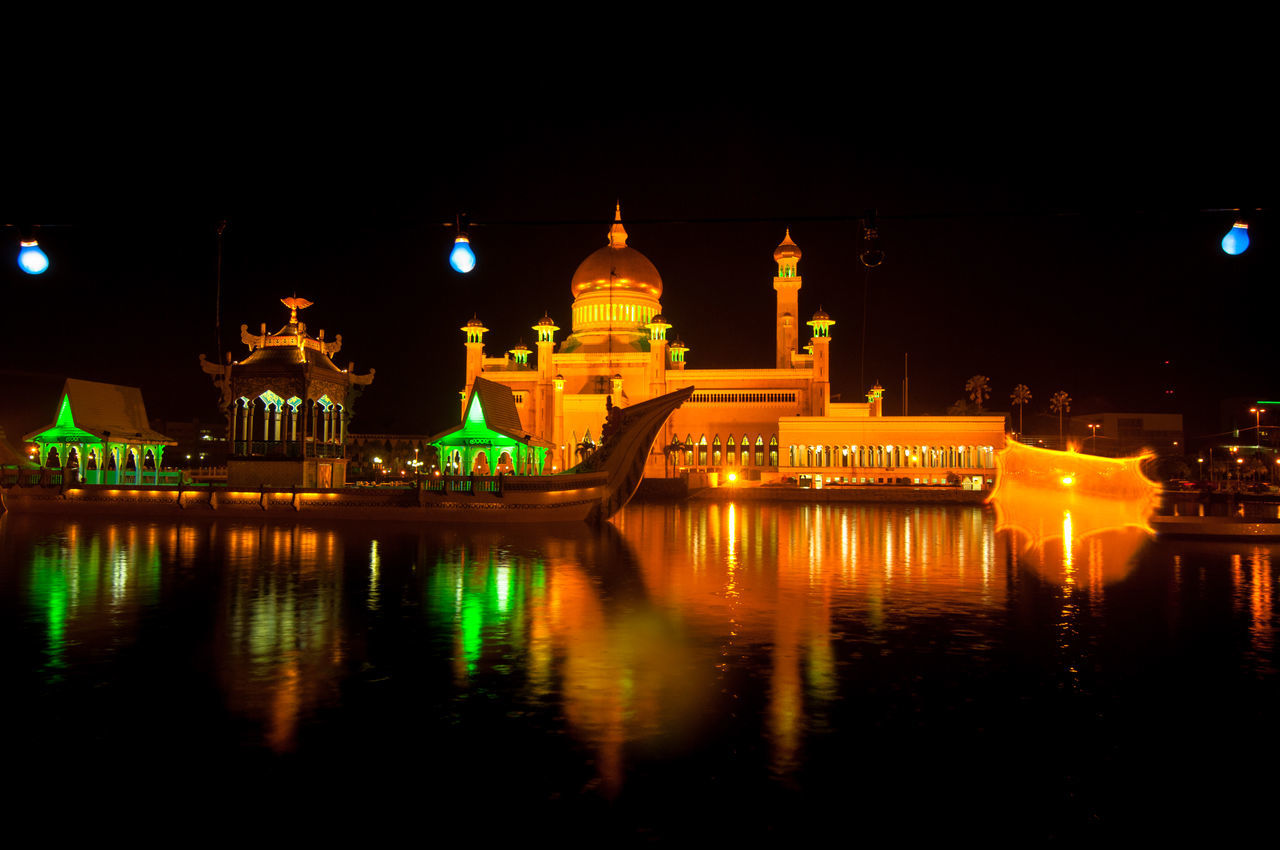 Sultan Omar Ali Saifuddin's Mosque in Brunei Darussalam Architecture Bridge - Man Made Structure Brunei Darussalam Building Exterior Built Structure City Cityscape Dome Illuminated Mosque Night No People Outdoors Reflection Sky Sultan Omar Ali Saifuddien Mosque Travel Travel Destinations Water Waterfront