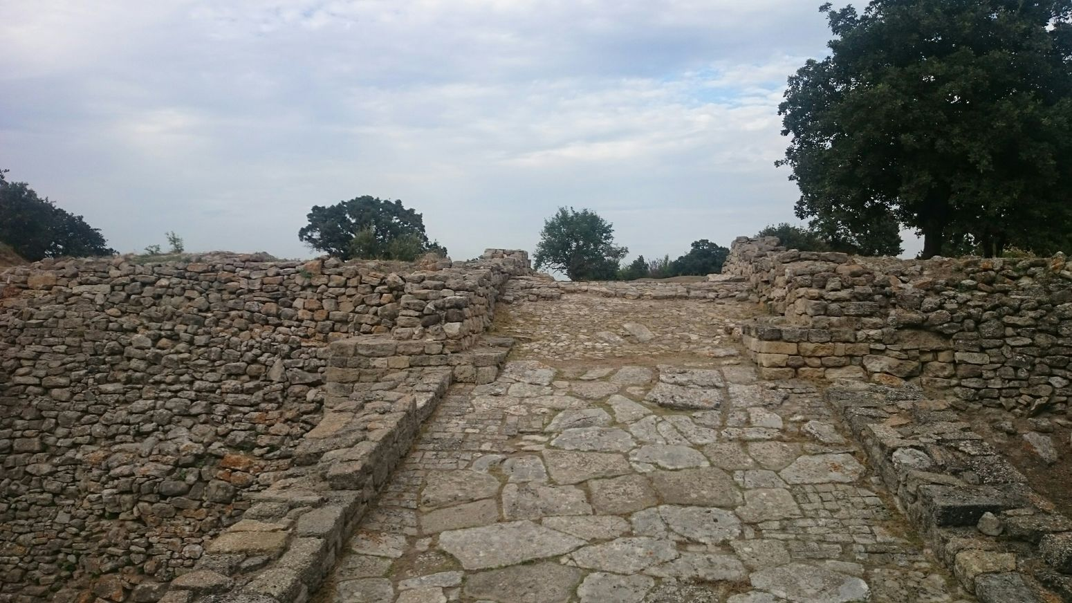 Hanging Out Road Troy Troia Architecture Archeology Oldcity Autumn Historical #Turkey