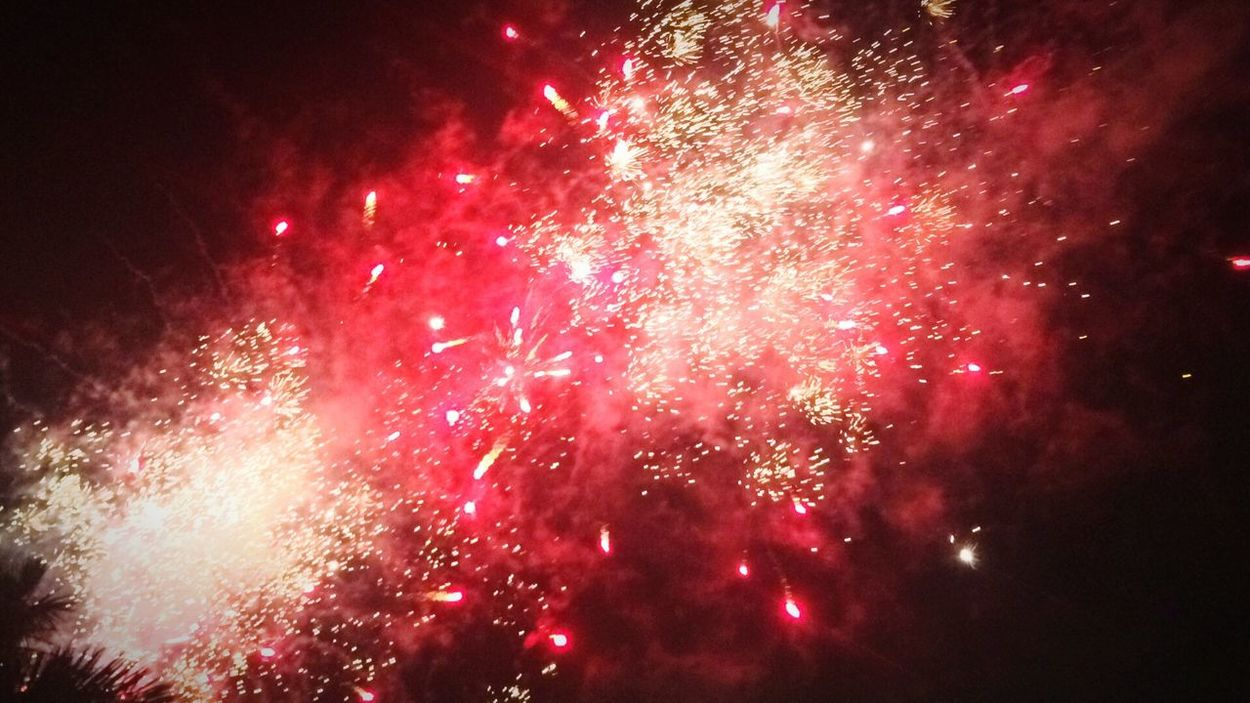 What a night Celebration Firework Display Exploding Red Night Sparks Outdoors 2017🍸🍸🍸 2017 New Year Woohoooo!! Amazing Colorful Nightphotography Event