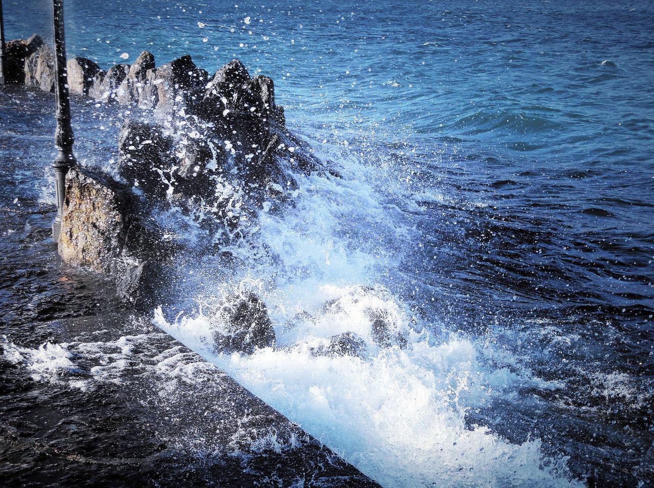 Capturing Motion Lakeshore Outdoors Splashing Waves Spurt Of Water Water Foam Waterfront Windy Day