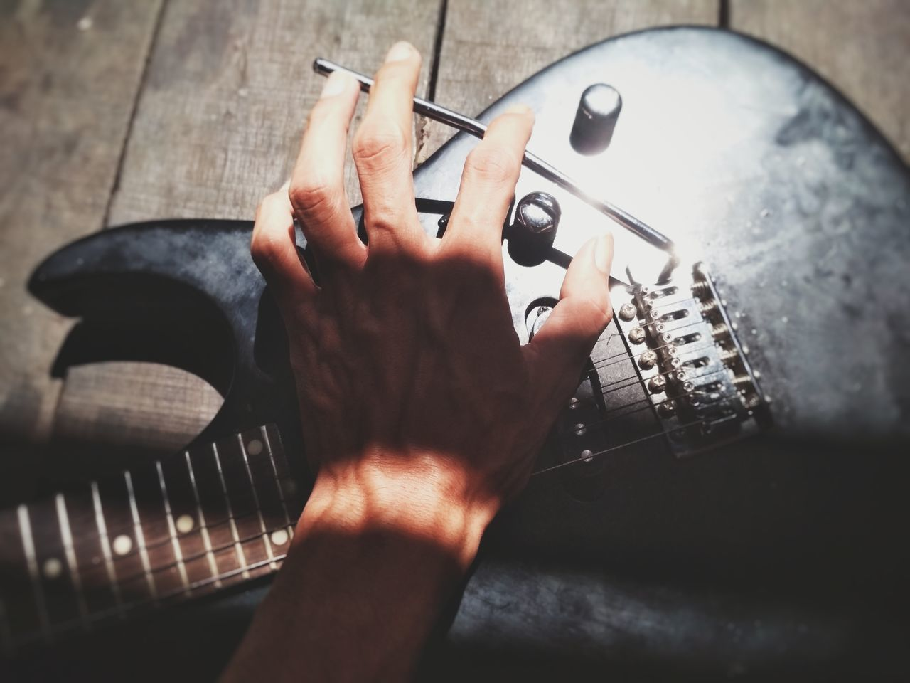 harmony and photography And EyeEm Selects Musical Instrument Human Body Part Music Human Hand Musician Playing One Person People Plucking An Instrument Close-up EyeEmNewHere Skill  Arts Culture And Entertainment Sommergefühle Guitar Strings Leisure Activity Musical Photos Music