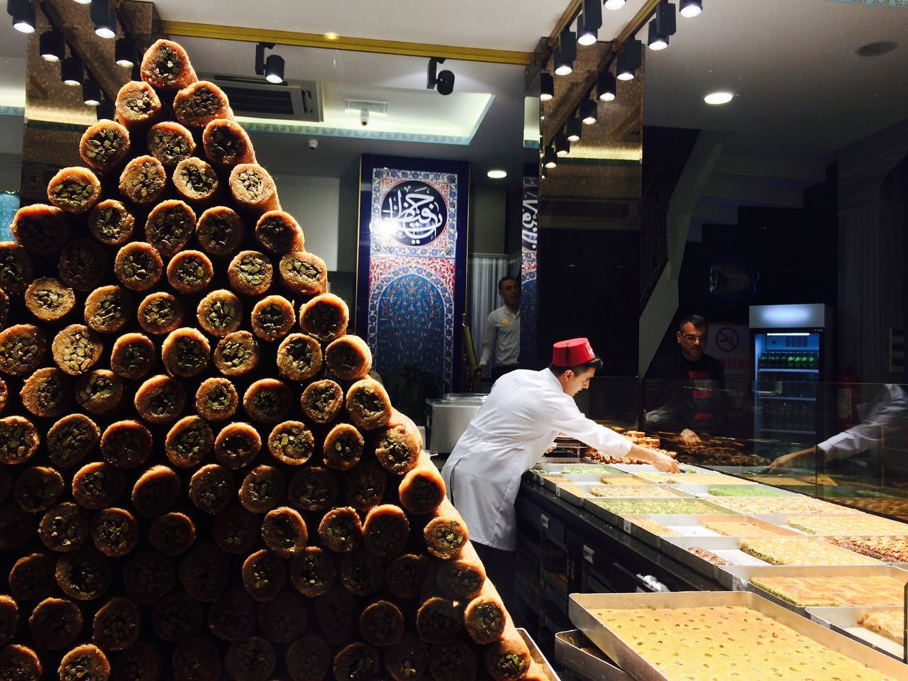 Adults Only Confectionery Indoors  Istanbul Occupation One Person People Shop Sweet Food Sweets Turkish Delight Turkish Sweets Türkiye Working