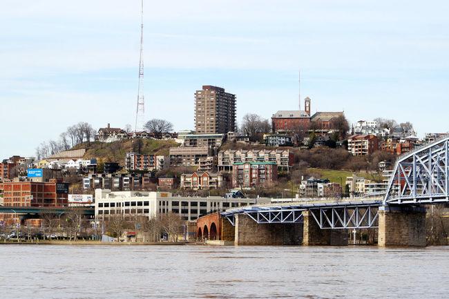 City Building Exterior Architecture Cityscape Travel Destinations Built Structure Outdoors Urban Skyline Sky Skyline Cincinnati Cincinnati Ohio Cinc