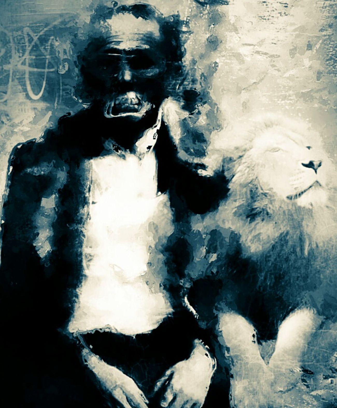 Regulus Variation Animal Themes Sad Heart Portrait Outdoors Trou De La Lune : FreestyleAxis of evilRegulus Opinions : England USA He Is The Goal Propriété Torch All