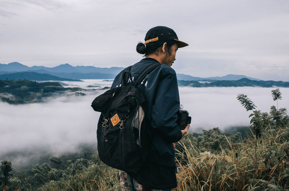 hang out with my folks in the misty morning Adult Adults Only Backpacker Backpacking Day Fog Headwear Hill Misty Morning Morning One Man Only One Person Only Men Outdoors People Waist Up