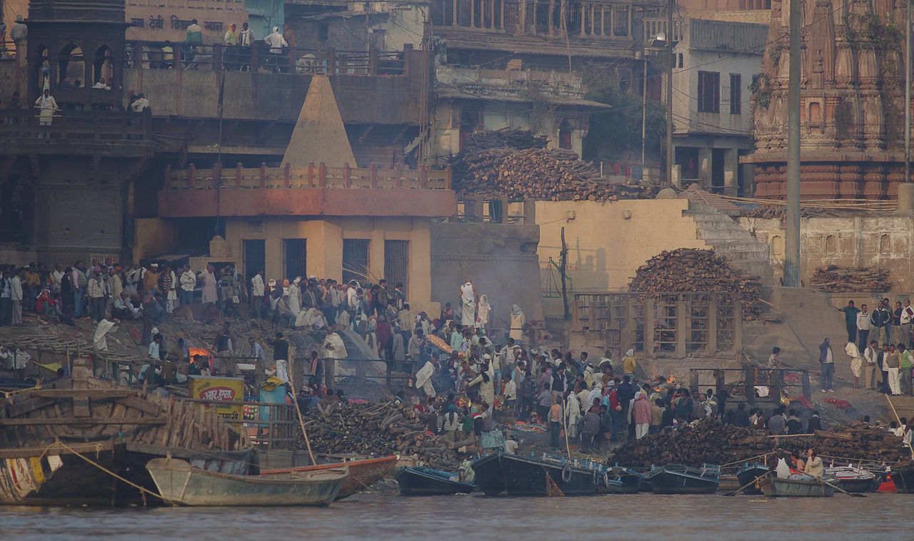 The burning ghats, Varanasi Burning Ghat City Crowd Fire Funeral Funeral Pyre Ganges Ganges River India Smoke Varanasi Varanasi Ghats Varanasi, India Ganges, Indian Lifestyle And Culture, Bathing In The Ganges,