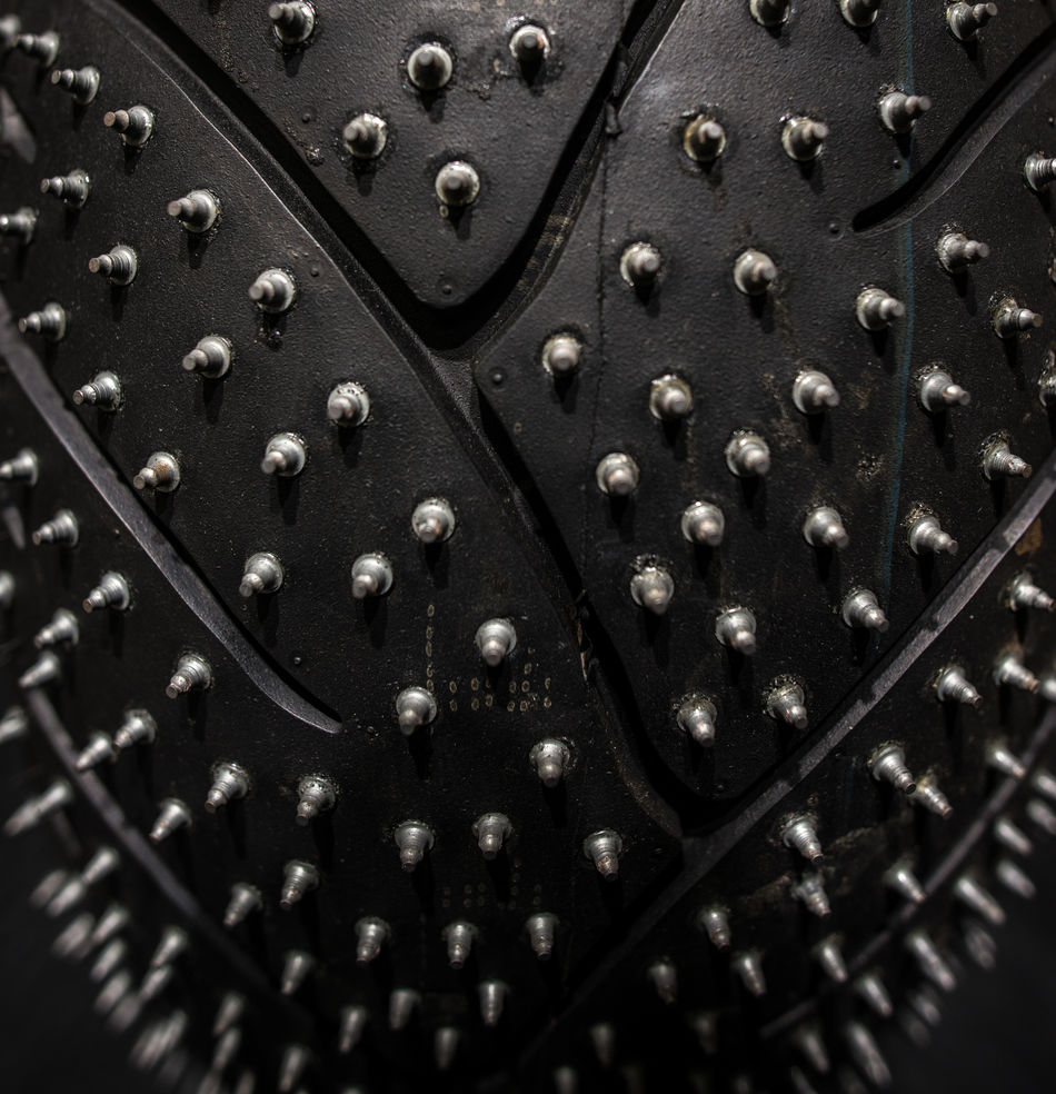 Grip Hard Rubber Safe Snowy Road Spiky Studs Studs & Spikes Tire
