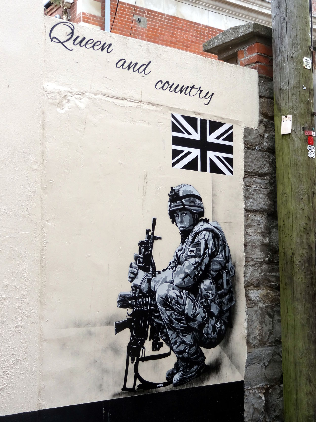 one the the many spray jam pieces around town - 2016 Army Army Soldier Country Forces Queen Service Soldier Spray Jam Sprayart Spraypaint Stencil Stencil Art