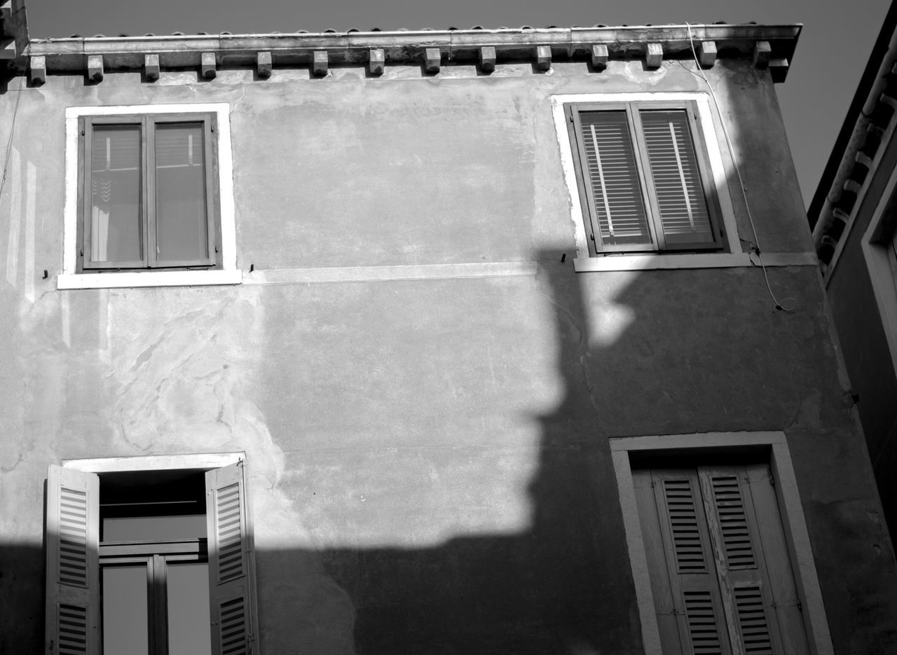 Streets of Venice 2015 Architecture Building Exterior City Life Documentary High Section Light Light And Shadow Low Angle View Shadow Shadows & Lights Street Photography Streetphotography Urban Urbanphotography Venice Italy Window