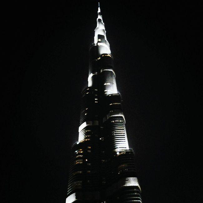 Heavenward. Burj Khalifa Dubai Mall Dubai Summer 2013 Night Photography Night View Nightlife Building Buildings & Sky First Eyeem Photo