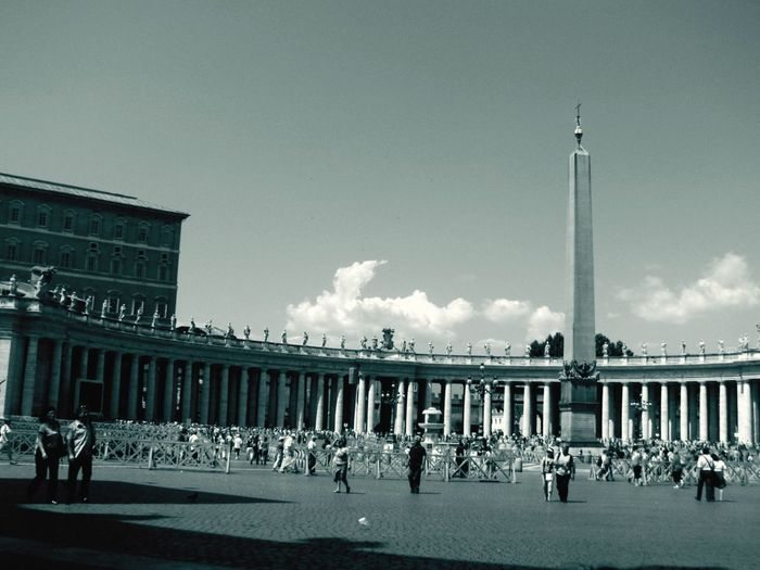Another view of St. Peter's Piazza in Vatican Roma Italy Architecture Blackandwhite Landmark Eye4black&white  EyeEm Best Shots This Week On Eyeem